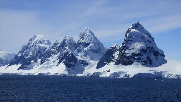 Красивые и удивительные картинки, фото гор - лучшая подборка 12