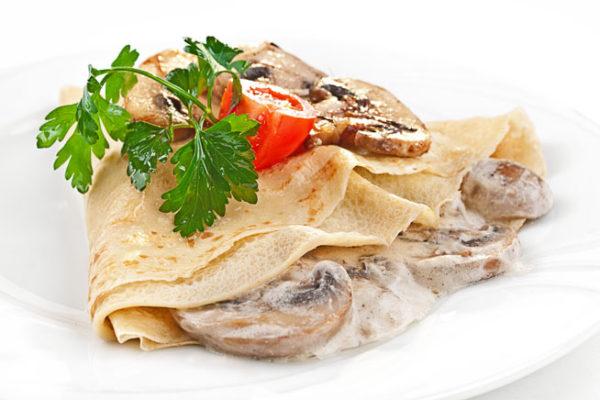 Блины тонкие с начинкой из мяса и шампиньонов - рецепт пошаговый 2