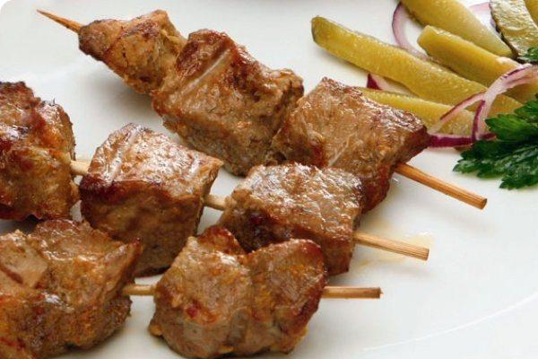 Как замариновать шашлык из свинины с майонезом - основные правила 2