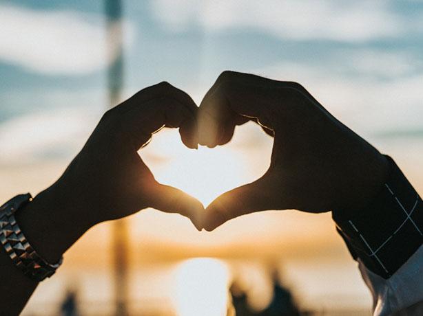 Скачать картинки руки влюбленных или руки любимых - очень красивые 3