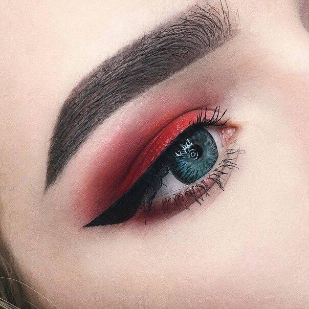 Красивые картинки глаз на аву и аватарку для девушек - подборка 15