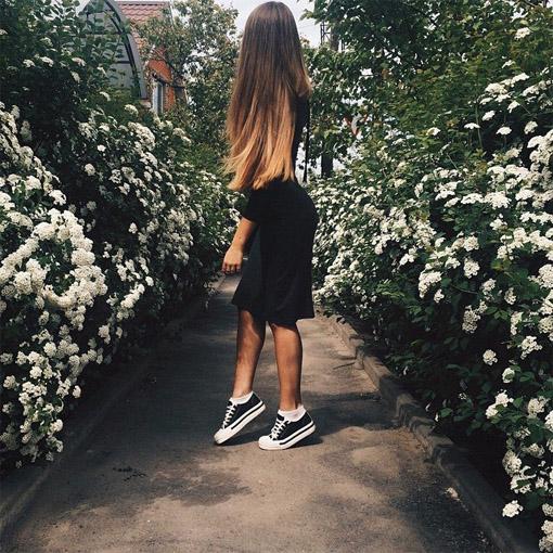 Крутые картинки на аву для девушек в классной одежде без лица 3