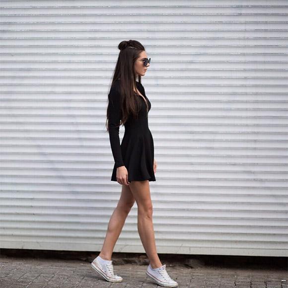 Крутые картинки на аву для девушек в классной одежде без лица 8