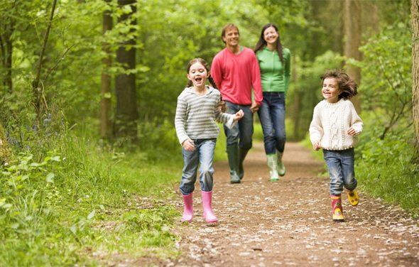 Что нужно для прогулки с маленьким ребенком, что взять с собой 1