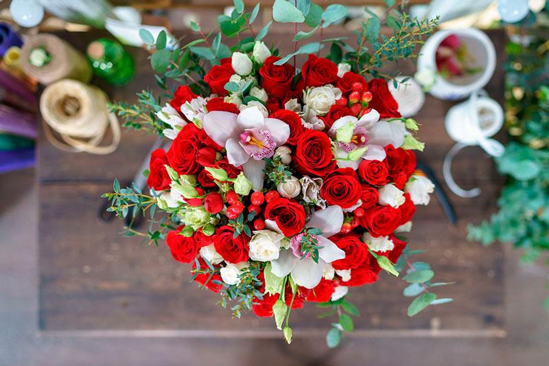 Самые красивые и удивительные букеты роз - 25 фото 1