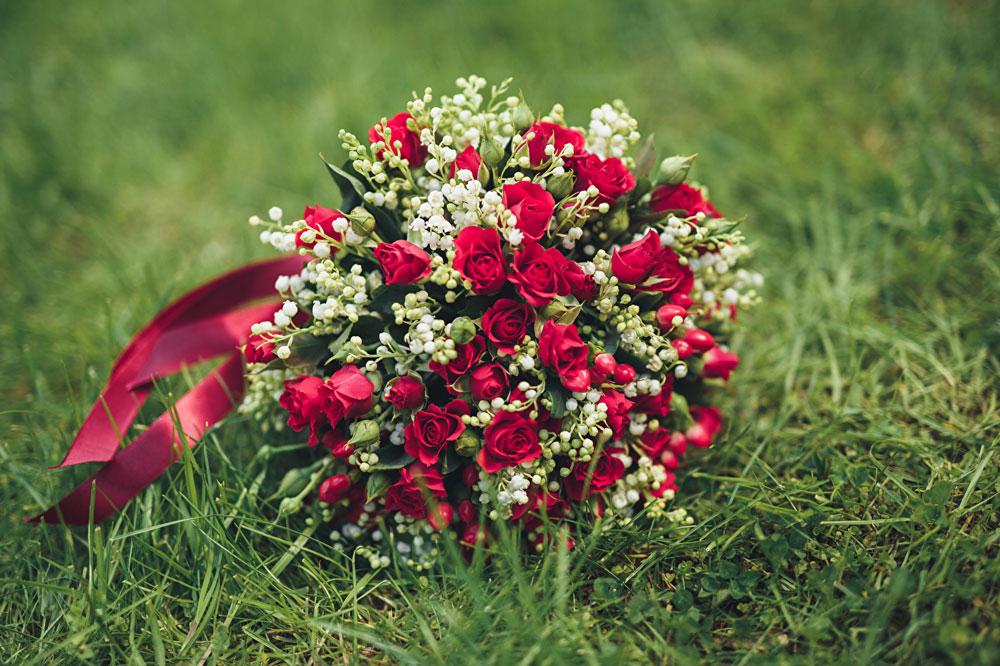 Самые красивые и удивительные букеты роз - 25 фото 11