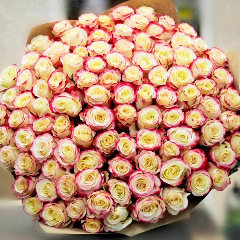 Самые красивые и удивительные букеты роз - 25 фото 20