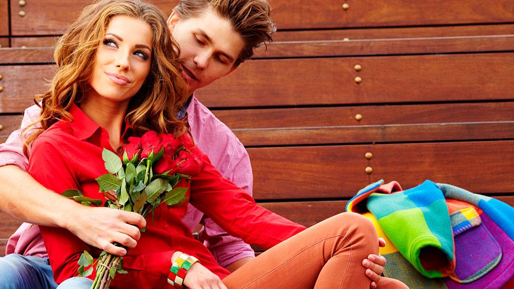Красивые и милые картинки влюбленных пар в обнимку - подборка 4