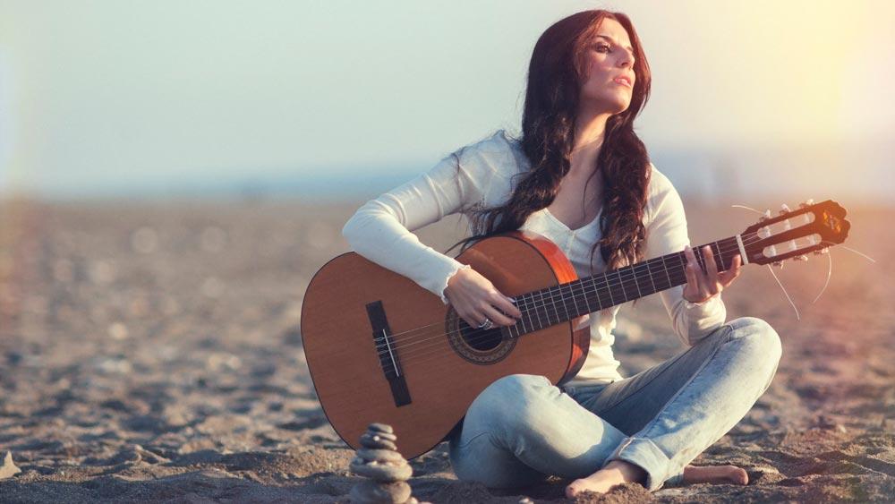 Красивые картинки девушки с гитарой - подборка фотографий 11