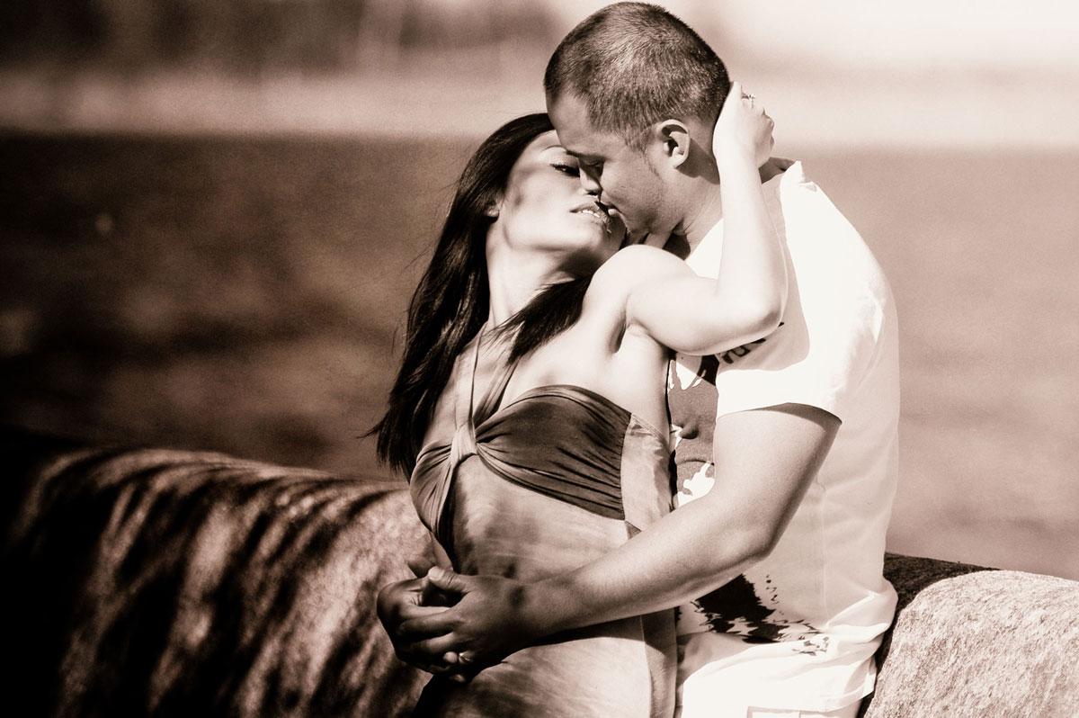 Красивые и милые картинки влюбленных пар в обнимку - подборка 13