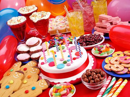 День рождения ребенка - какими вкусностями порадовать маленьких гостей 5