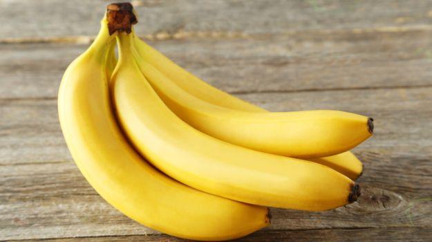 Как отстирать банан с детской одежды и взрослых вещей 1