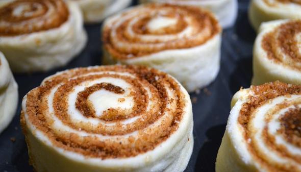 Сладкие булочки с корицей - вкусный рецепт и приготовление 2
