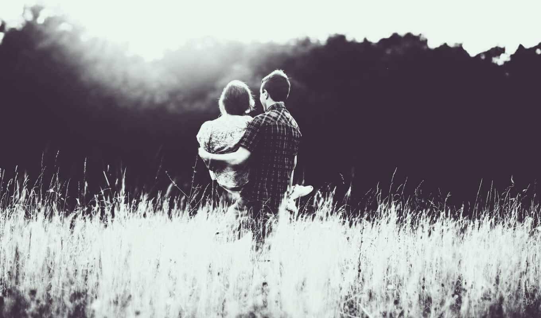 Парень держит девушку на руках - красивые 23 картинок 3