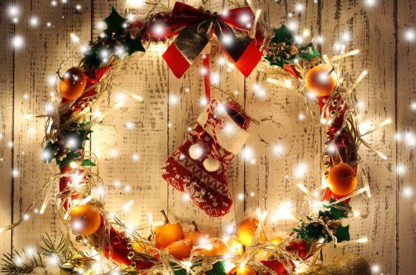 Фото и картинки украшения комнаты на Новый год - варианты, идеи 14
