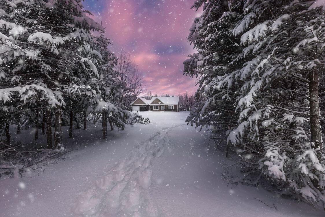 Скачать обои зимних картинок на телефон для заставки 17