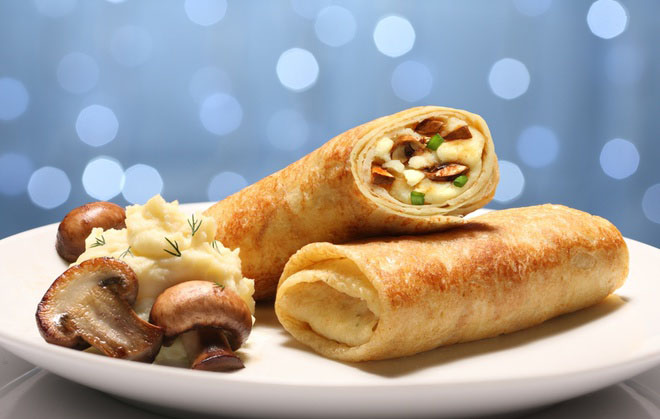 Блины тонкие с начинкой из мяса и шампиньонов - рецепт пошаговый 1