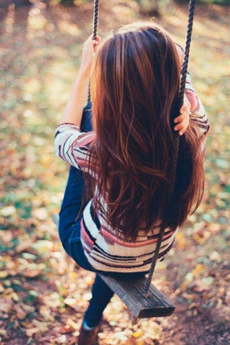 Картинка на аву для девушки со спины в контакте
