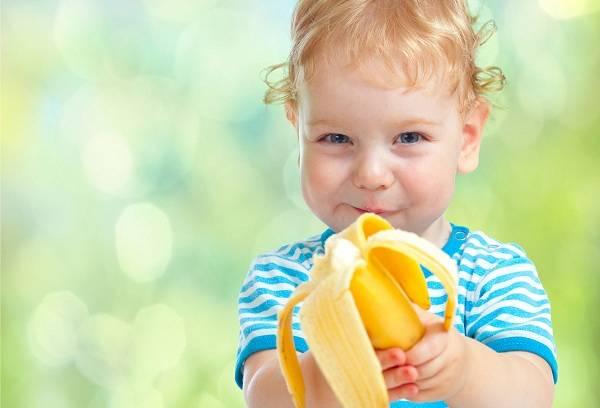 Как отстирать банан с детской одежды и взрослых вещей 2