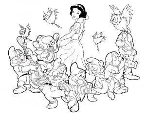Увлекательные раскраски Белоснежка для детей и малышей 13