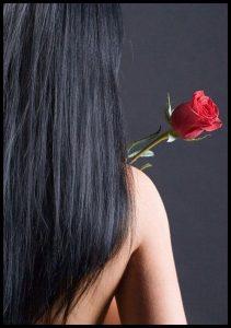 Брюнетка со спины с длинными волосами   подборка фото (26)