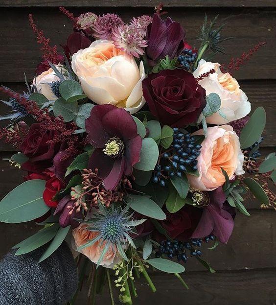 Букеты в корзине из живых цветов фото (17)