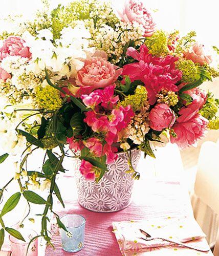 Букеты в корзине из живых цветов фото (4)