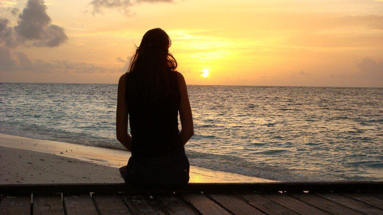 Девушка на море фотографии на аву без лица (1)