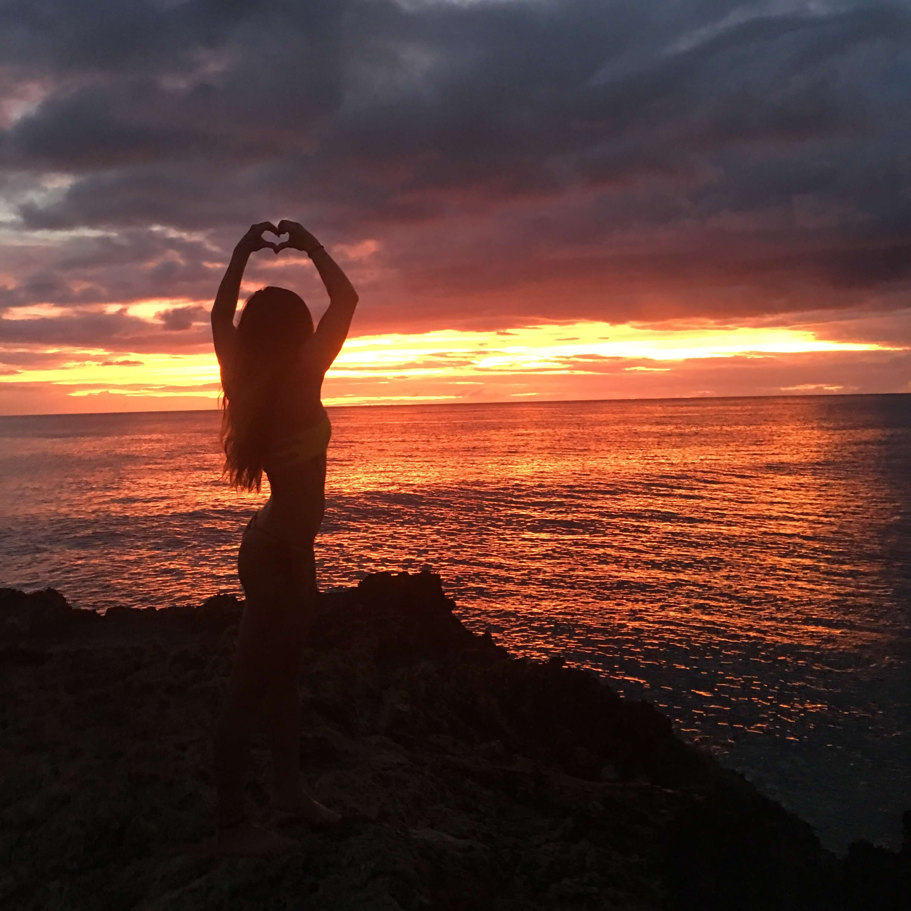Девушка на море фотографии на аву без лица (12)