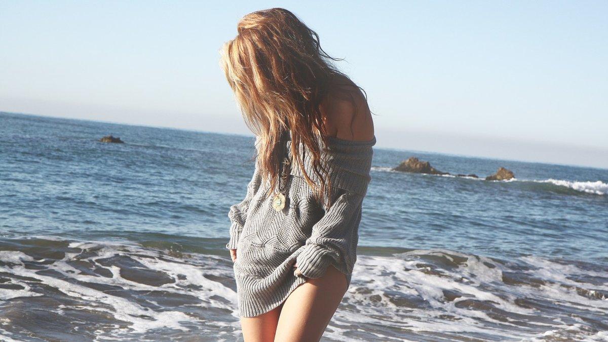 Девушка на море фотографии на аву без лица (14)