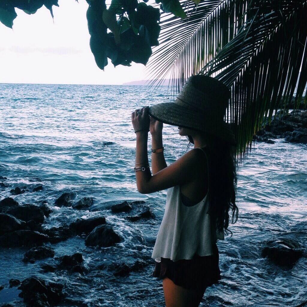 Девушка на море фотографии на аву без лица (17)