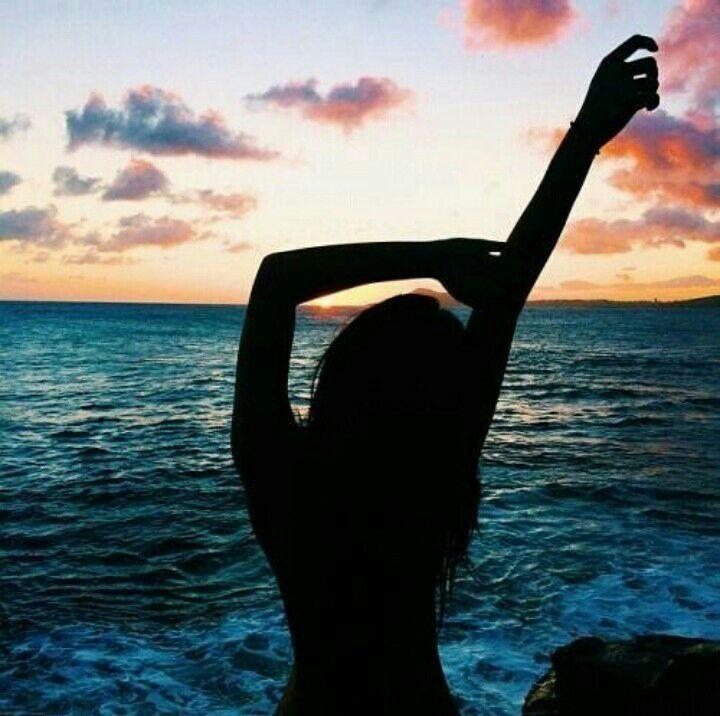 Девушка на море фотографии на аву без лица (5)