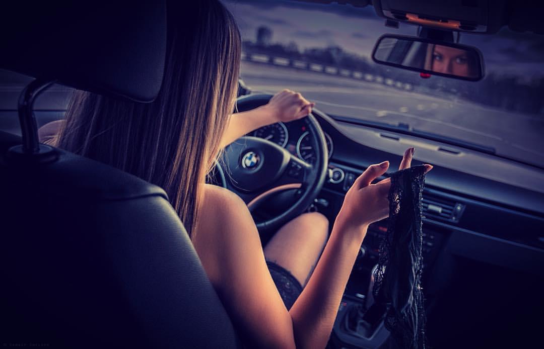 Машина и девушка без лица на аву скачать картинки (20)