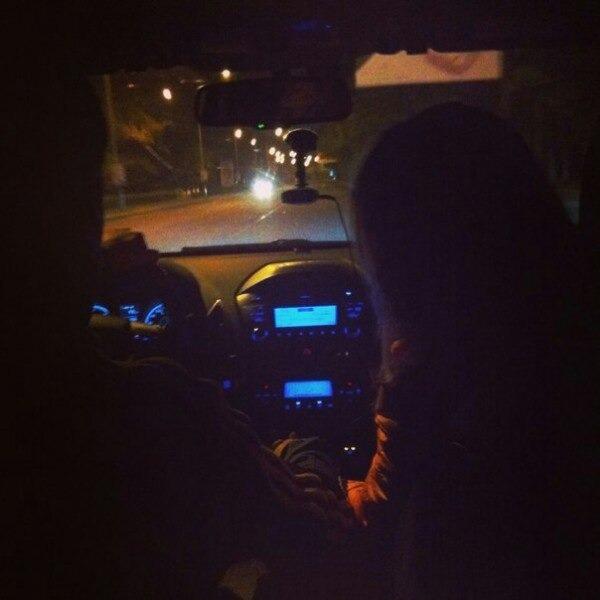 Парень с девушкой без лица в машине   сборка фото (15)