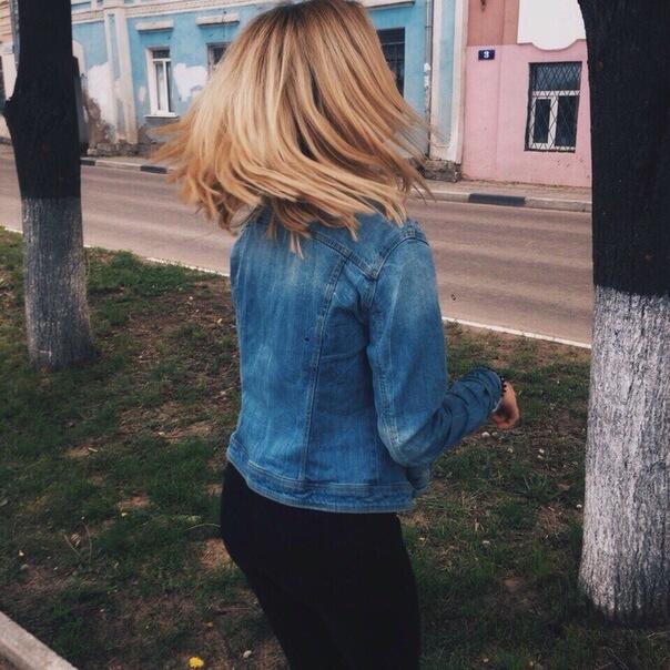 Фото девушек без лица со светлыми волосами сборка 20 фото (14)