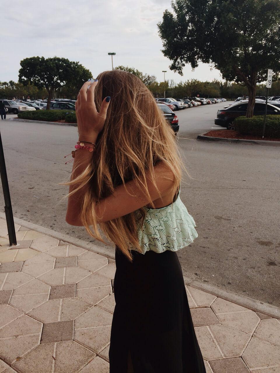 Фото девушек без лица со светлыми волосами сборка 20 фото (18)