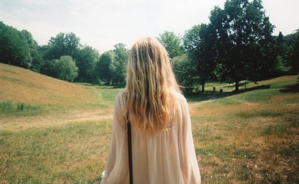 Фото девушек без лица со светлыми волосами сборка 20 фото (4)