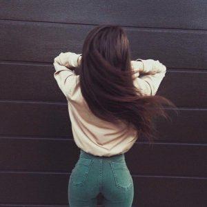 Фото девушек брюнеток без лица на аву   скачать бесплатно (12)