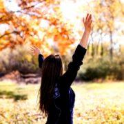 Фото девушек на аву без лица осенью   подборка лучших фото (10)