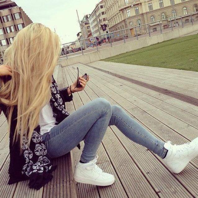 Фото девушки на аву без лица блондинки   подборка (1)