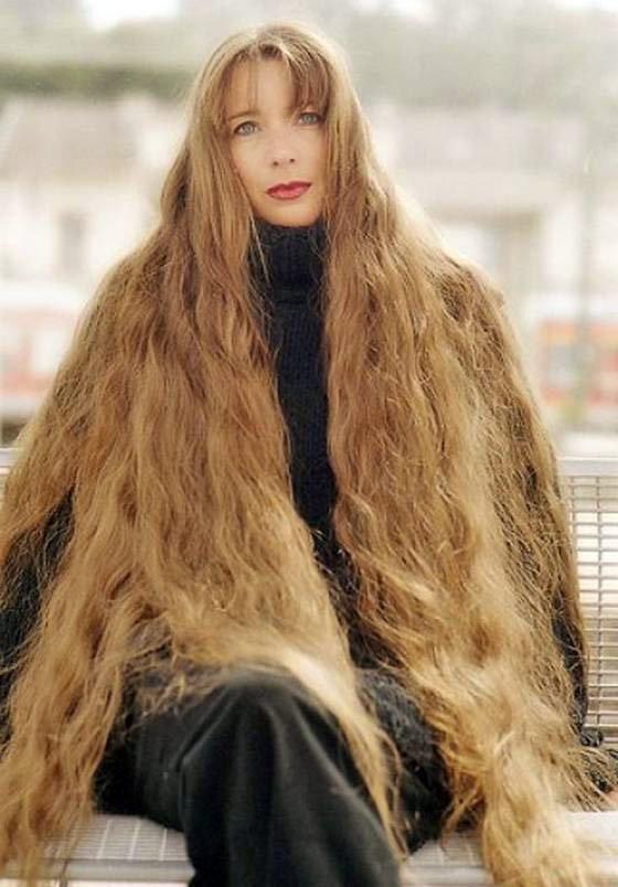 Фото красивых девушек с очень длинными волосами   подборка (2)