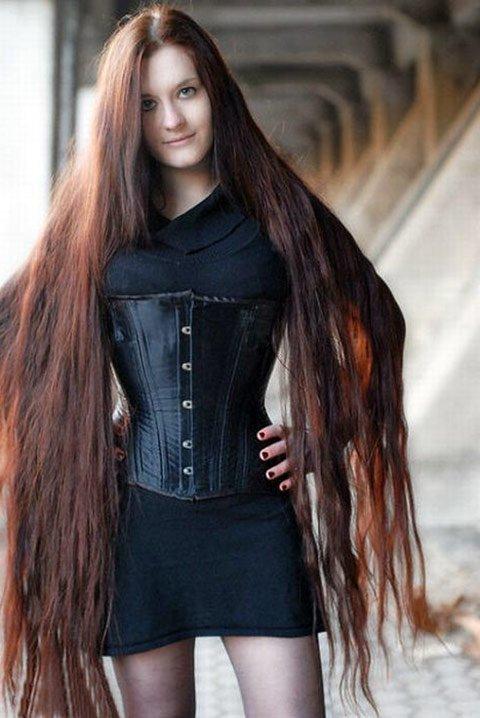 Фото красивых девушек с очень длинными волосами   подборка (3)