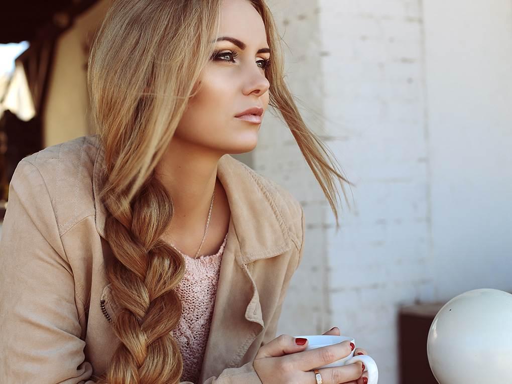 Фото красивых девушек с очень длинными волосами   подборка (4)