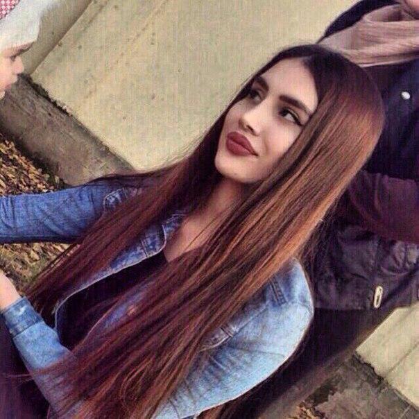 Фото красивых девушек с очень длинными волосами   подборка (7)