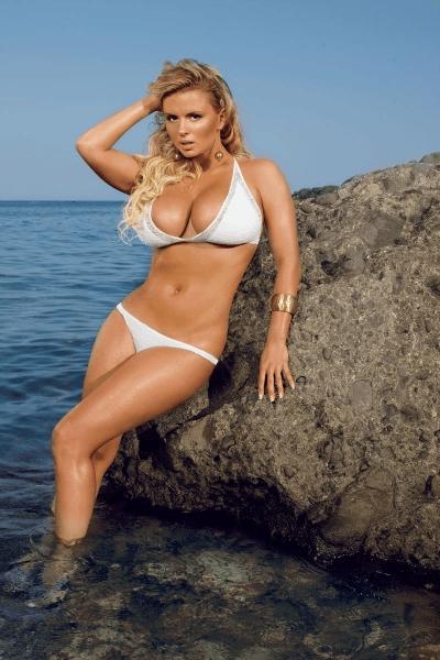 Анна Семенович на пляже   фото 014