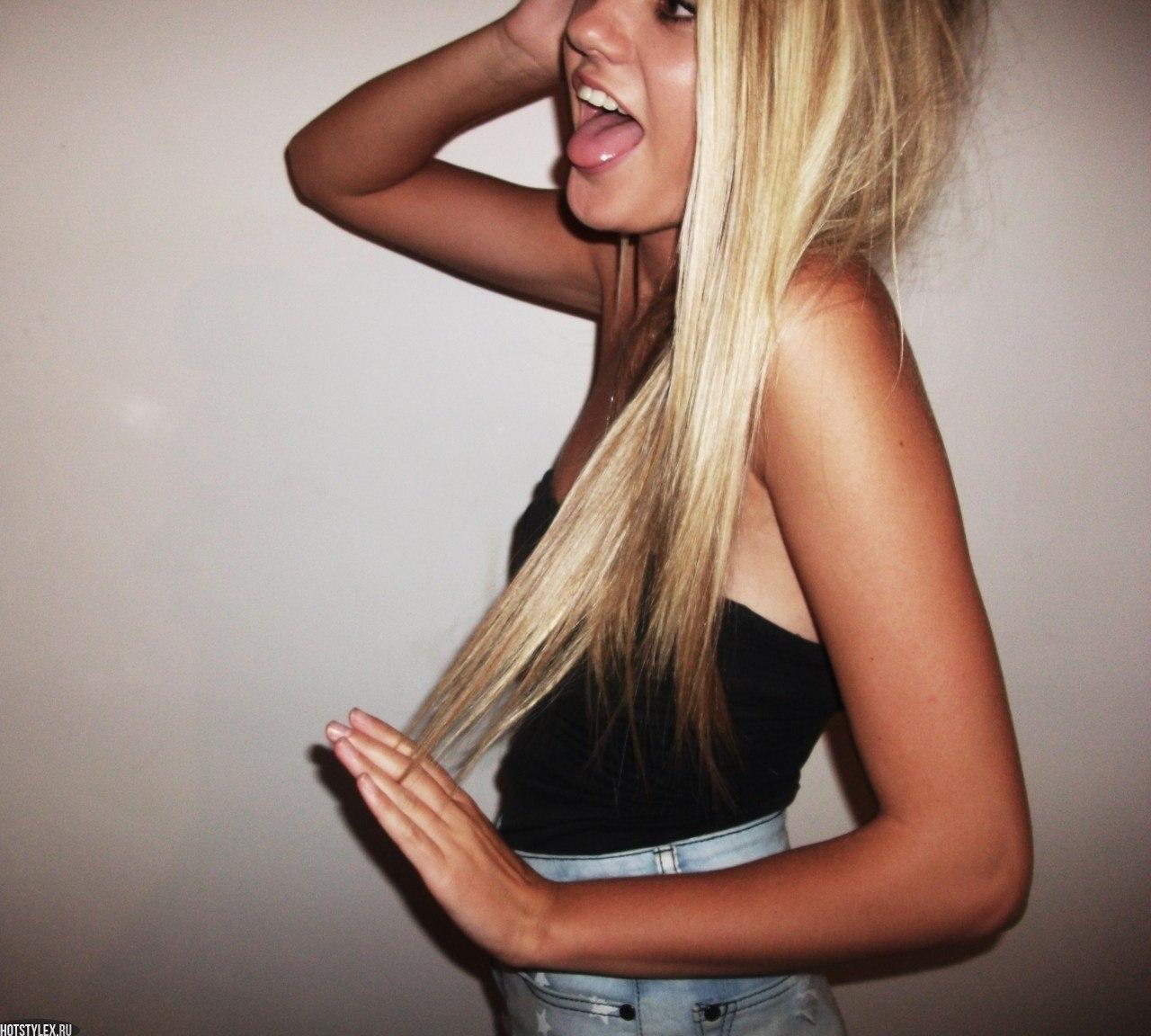 Блондинки с боку без лица на аву   фото (14)