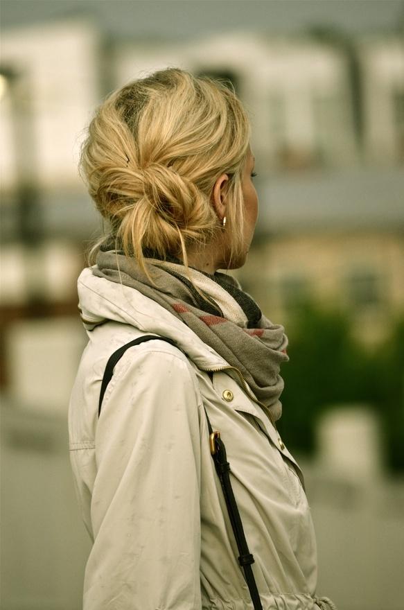 Блондинки с боку без лица на аву   фото (16)