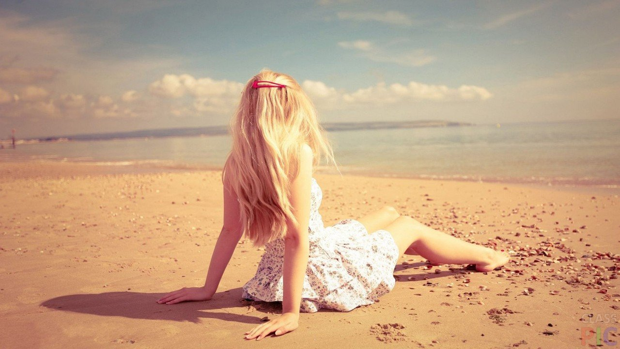 Блондинки с боку без лица на аву   фото (6)