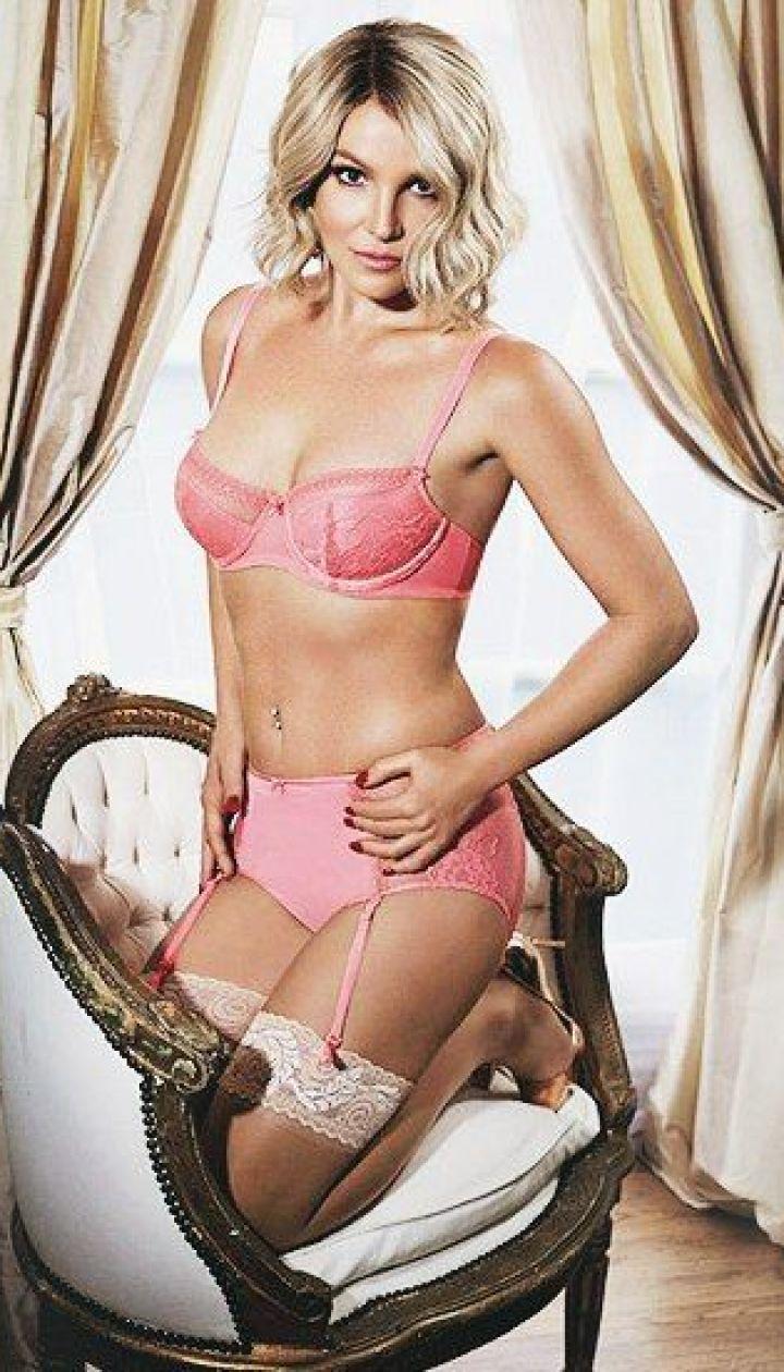 Бритни Спирс фото в купальнике в молодости   подборка (18)