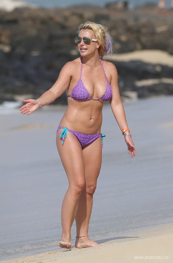 Бритни Спирс фото в купальнике в молодости   подборка (21)